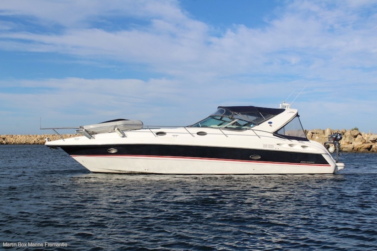 Mustang 4200 Sportscruiser With twin Volvo 8.1L GXIs