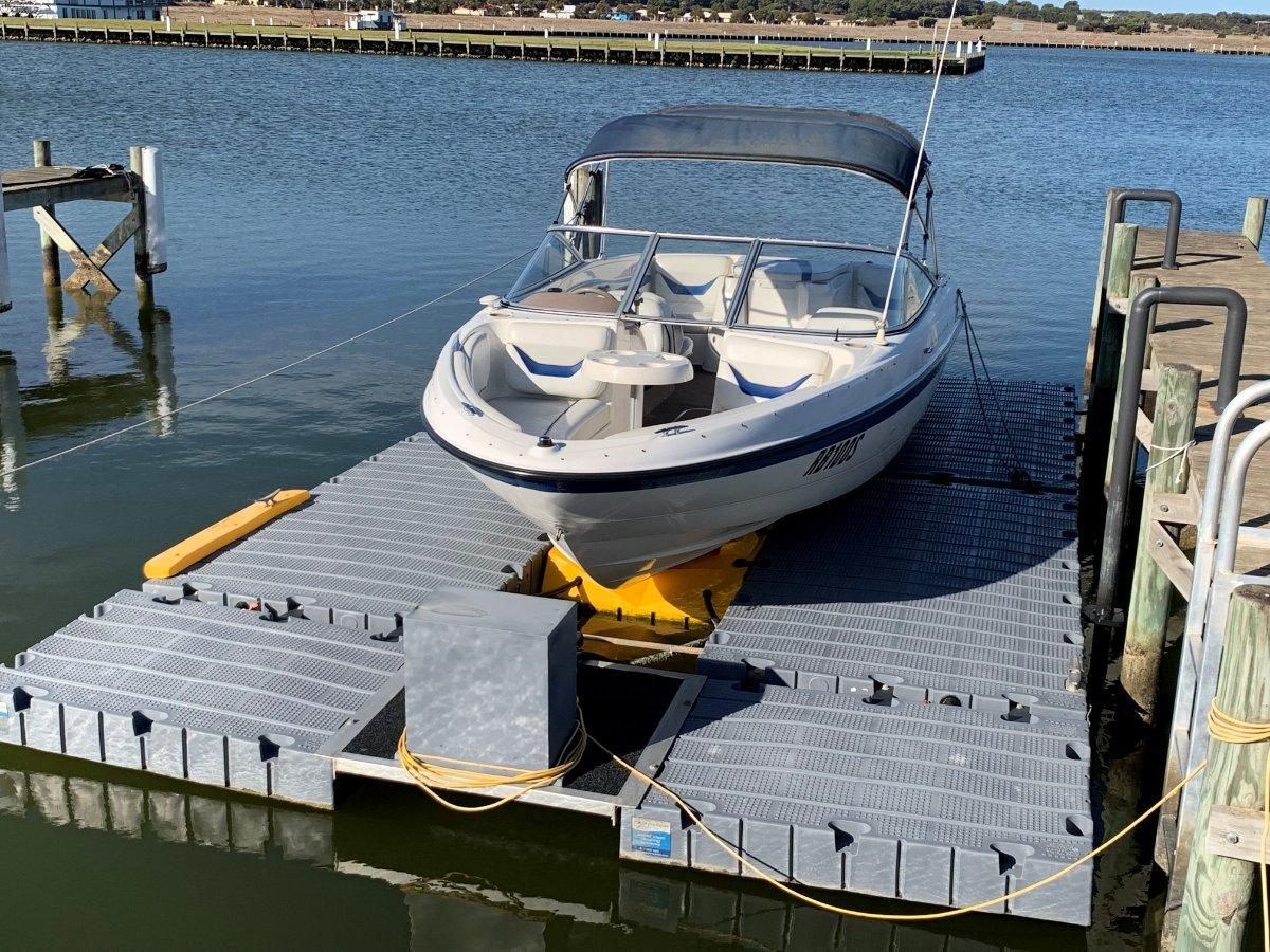 Superior Boatlift
