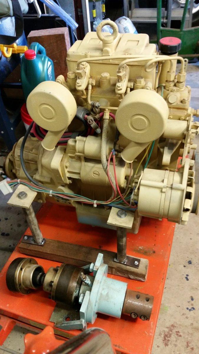 Marine Diesel Engine 12 5hp / 2 Cylinder for Sale   Boat