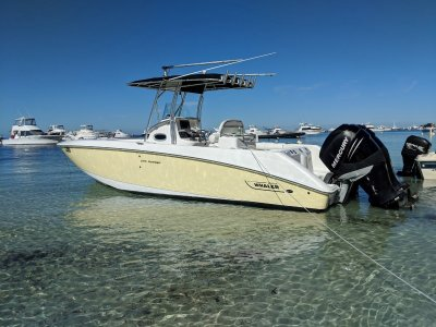 Boston Whaler 270 Outrage *HUGE REDUCTION, SHE MUST GO*