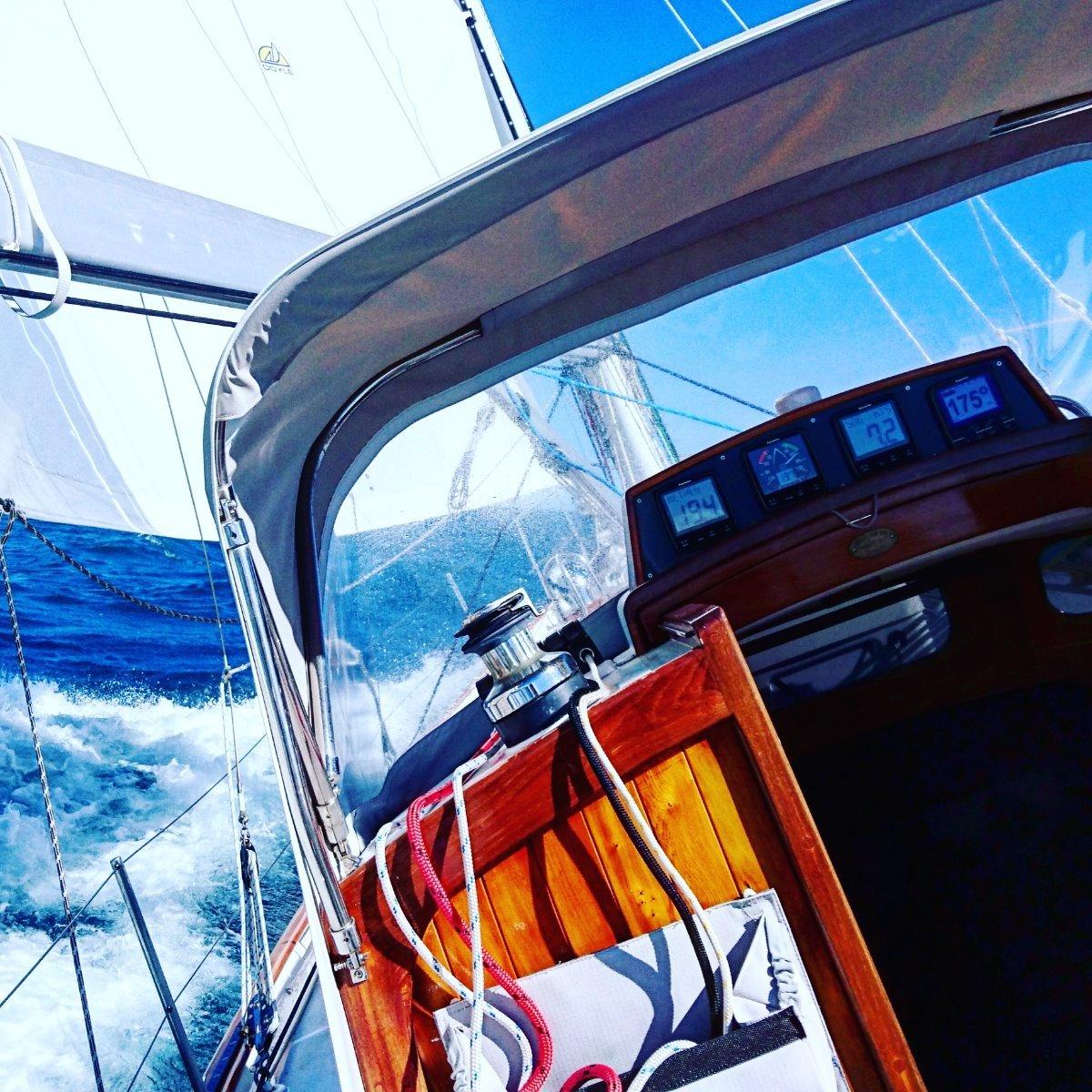 """Alden Cutter """"Off-Soundings Class"""" - 1947 - CLASSIC YACHT:Sailing off Portland"""