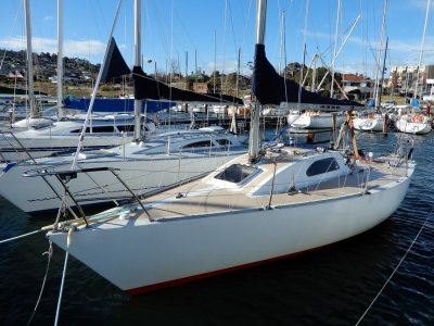 "Dubois 31ft 6"" Performance Cruiser/Club Racer, Great Cond"