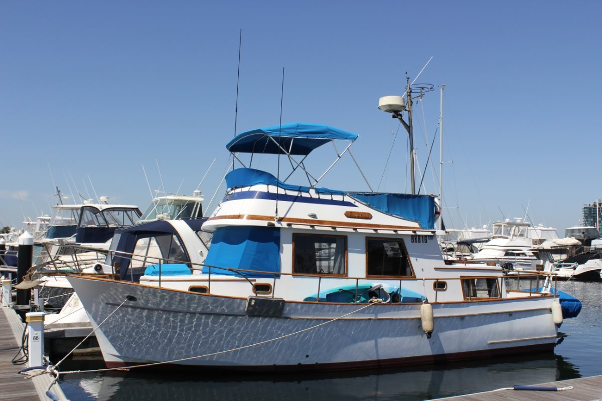 Clipper Flybridge 34