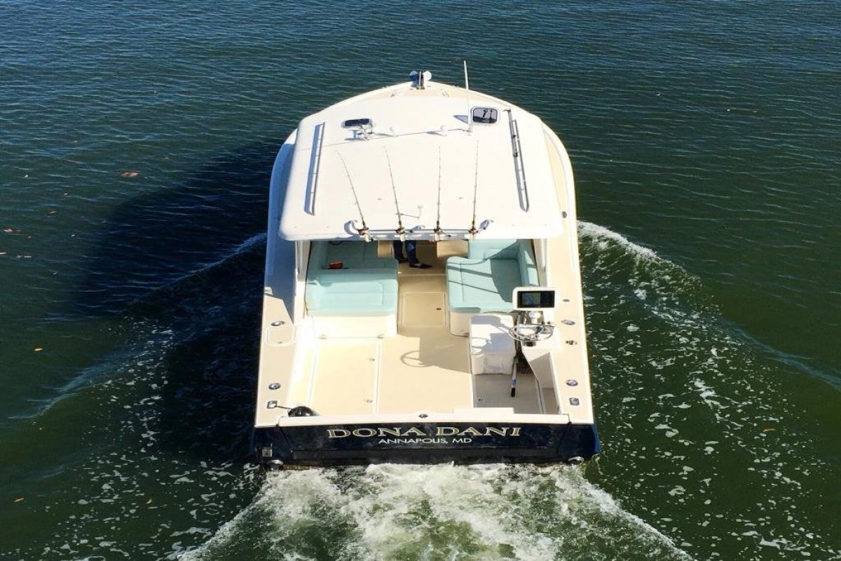 Eastport 32 - Luxury Bay/Offshore Coastal Cruiser