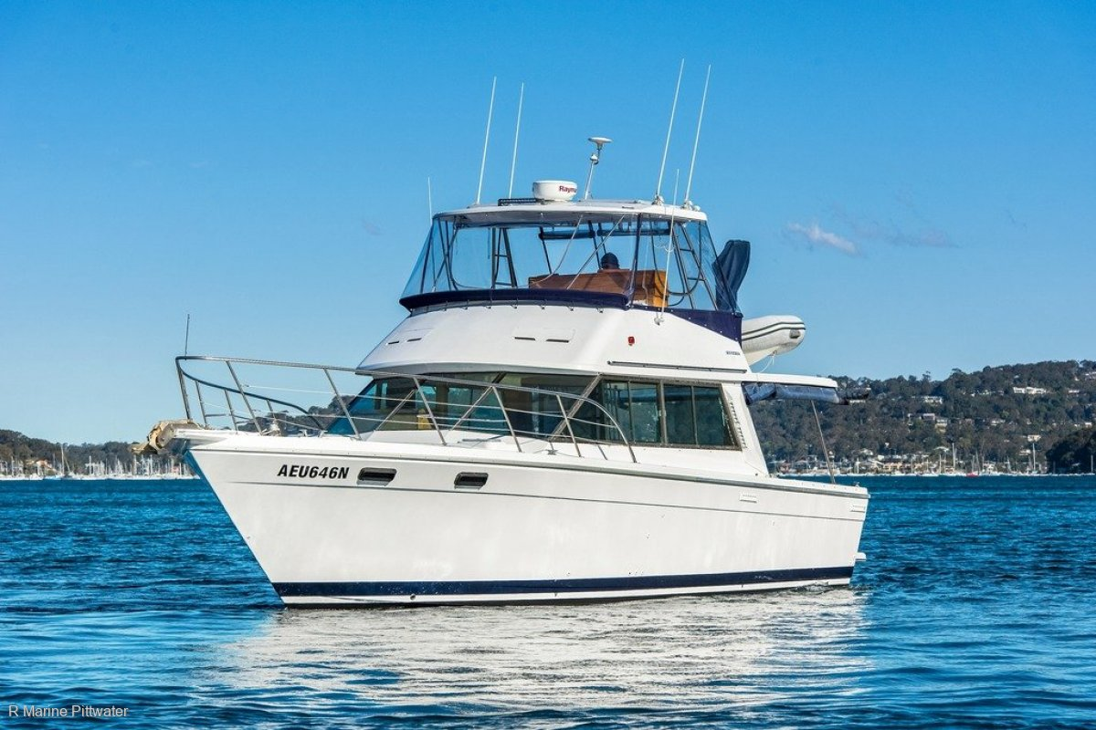 "Riviera 38 Flybridge ""Start your boating addiction"" PRICE REDUCTION!"