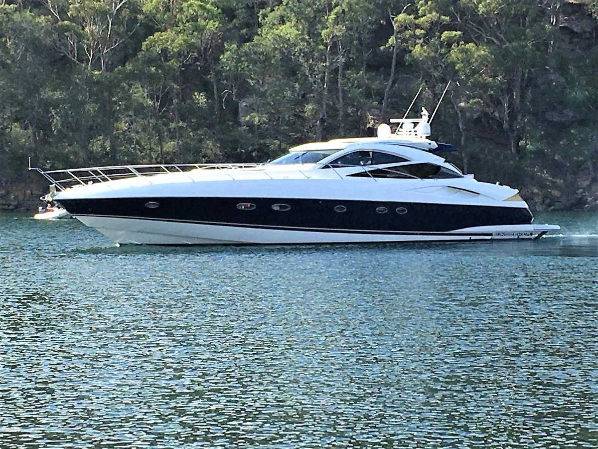 Sunseeker Predator 68 Sports Yacht