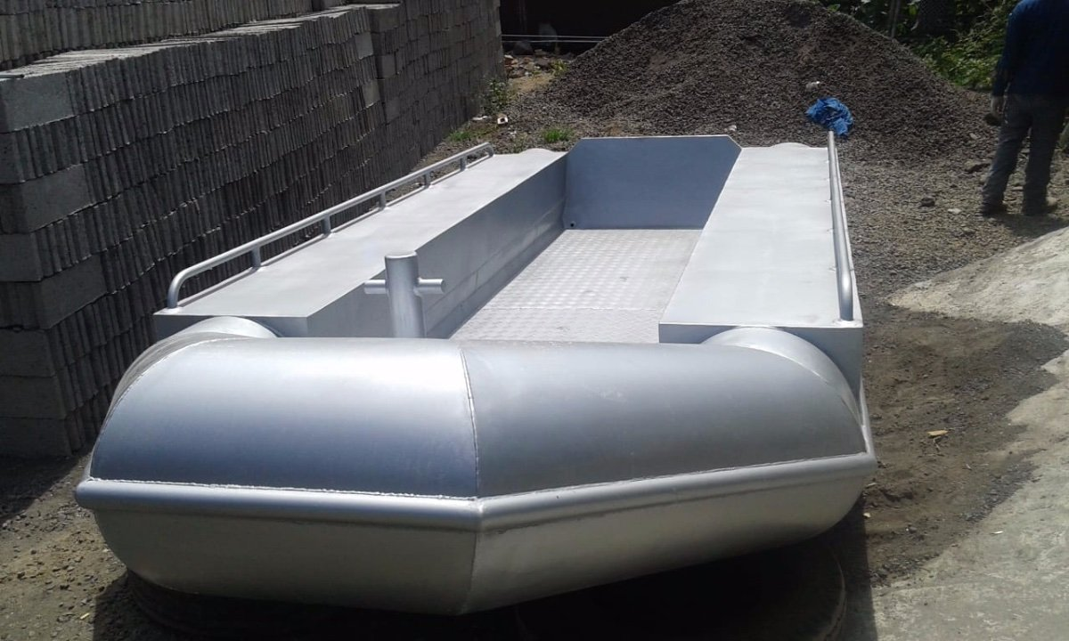 NEW BUILD - 5m Alloy Tube Workboat