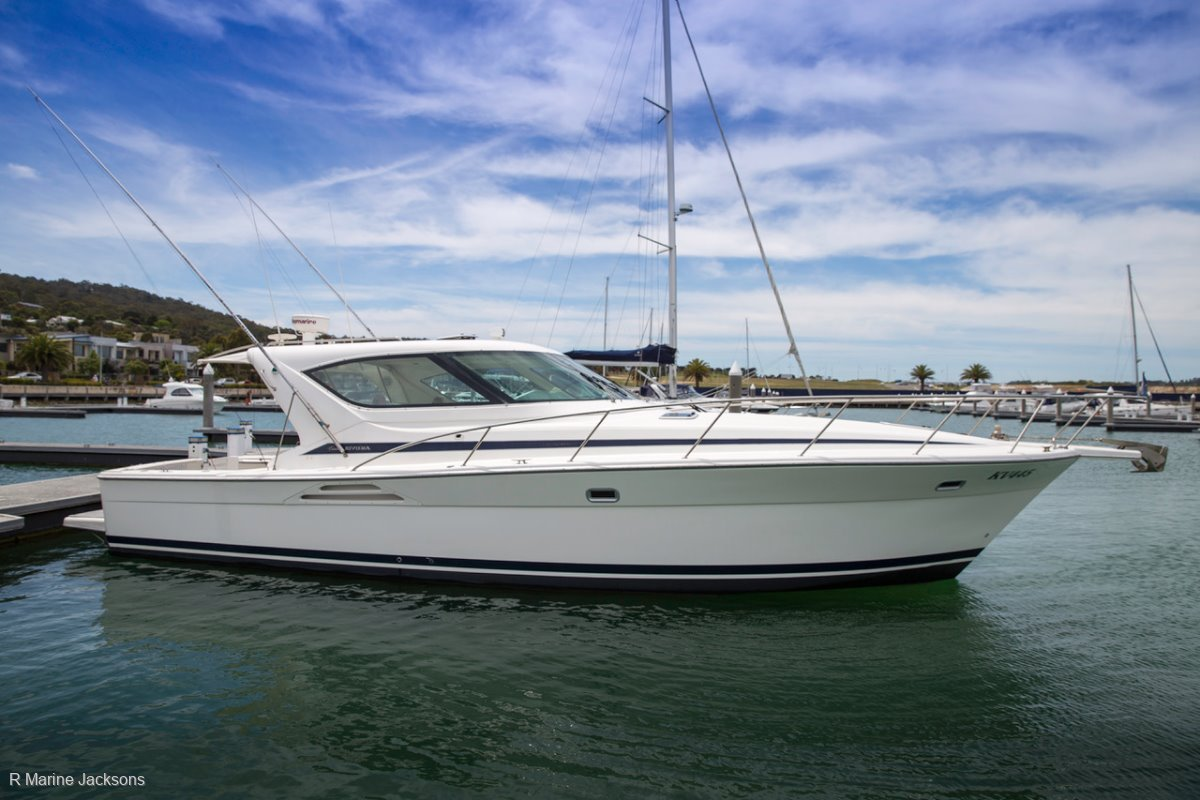Riviera 4000 Offshore:Riviera 4000 Offshore for sale- R Marine Jacksons