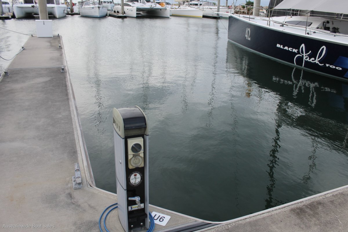 Yacht Club 15m Berth