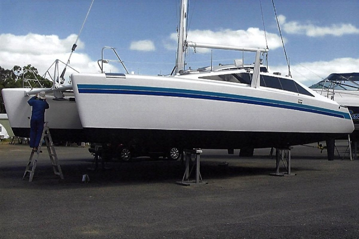 Grainger Mystery Cove 380 Catamaran