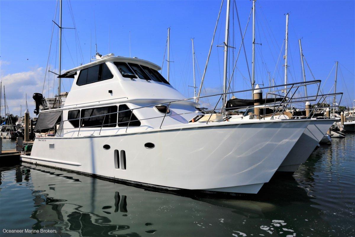 Coral Coast Power Catamaran 15m Offshore