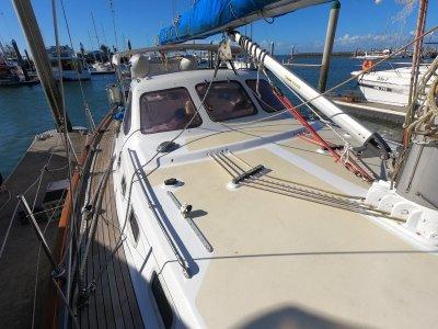 Custom Mike Pocock Centre Cockpit Yacht