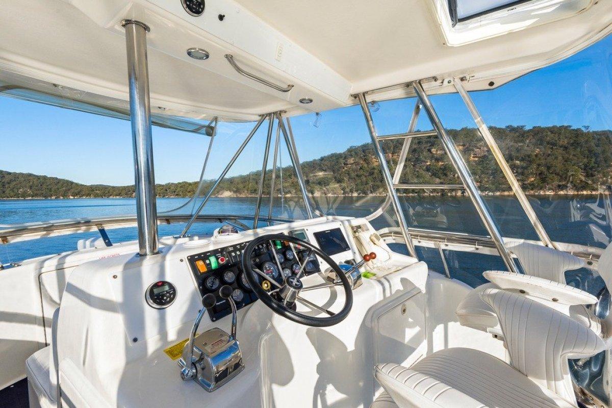 Riviera 36 Flybridge