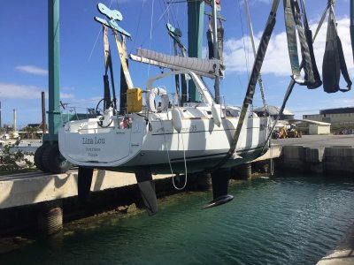 Beneteau Oceanis 35 Equipped for offshore cruising. One owner.
