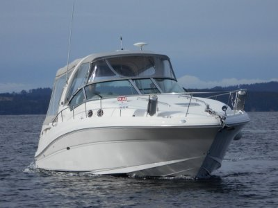 Sea Ray 375 Sundancer HUGE LIST OF OPTIONS SUPERB PRESENTATION LOW HOURS
