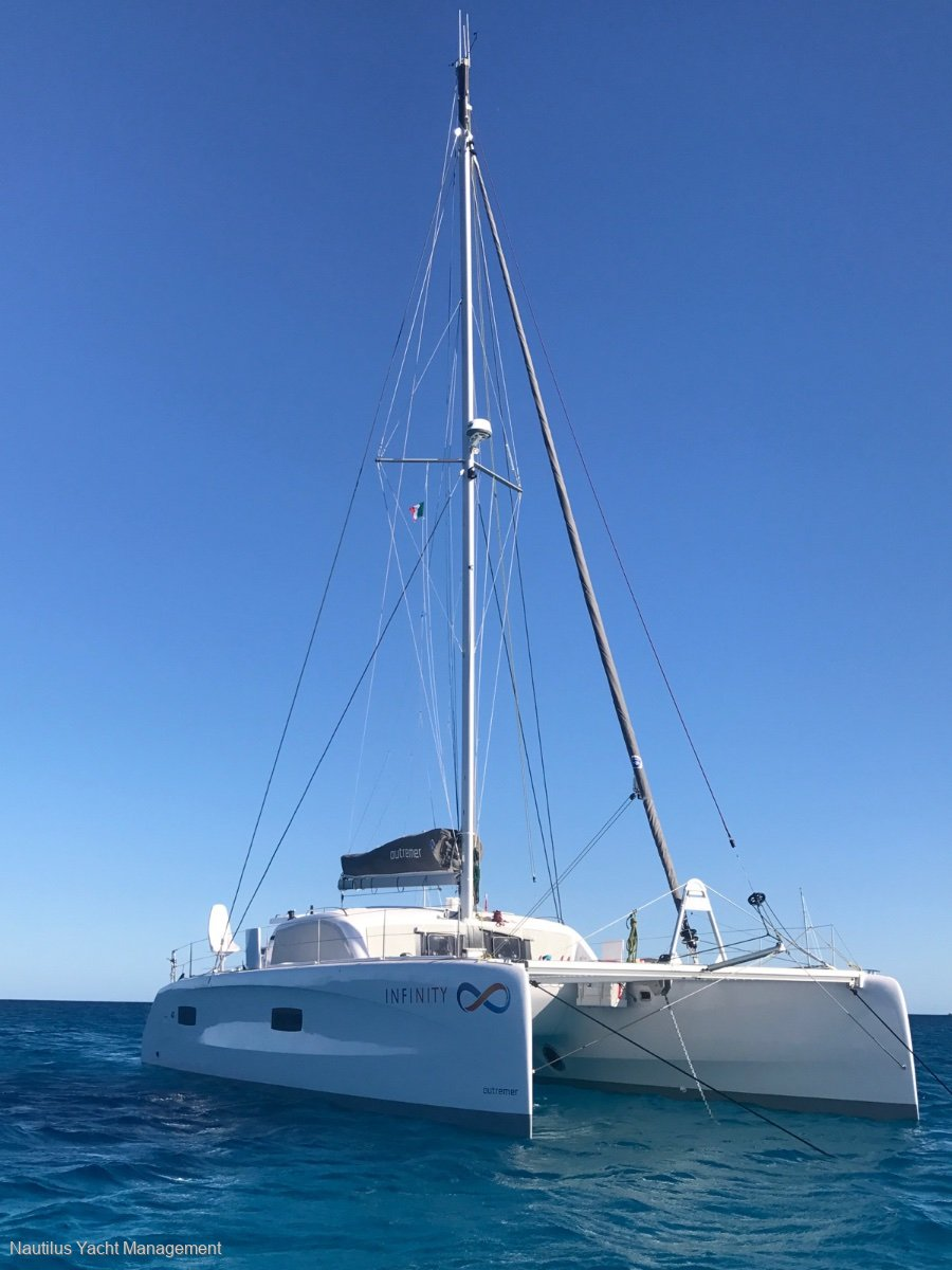 Outremer 45 Extended Version  3 Cabins  As New : Sailing