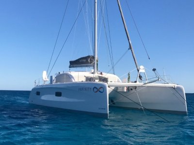 Outremer 45 Extended version. 3 cabins. As new.