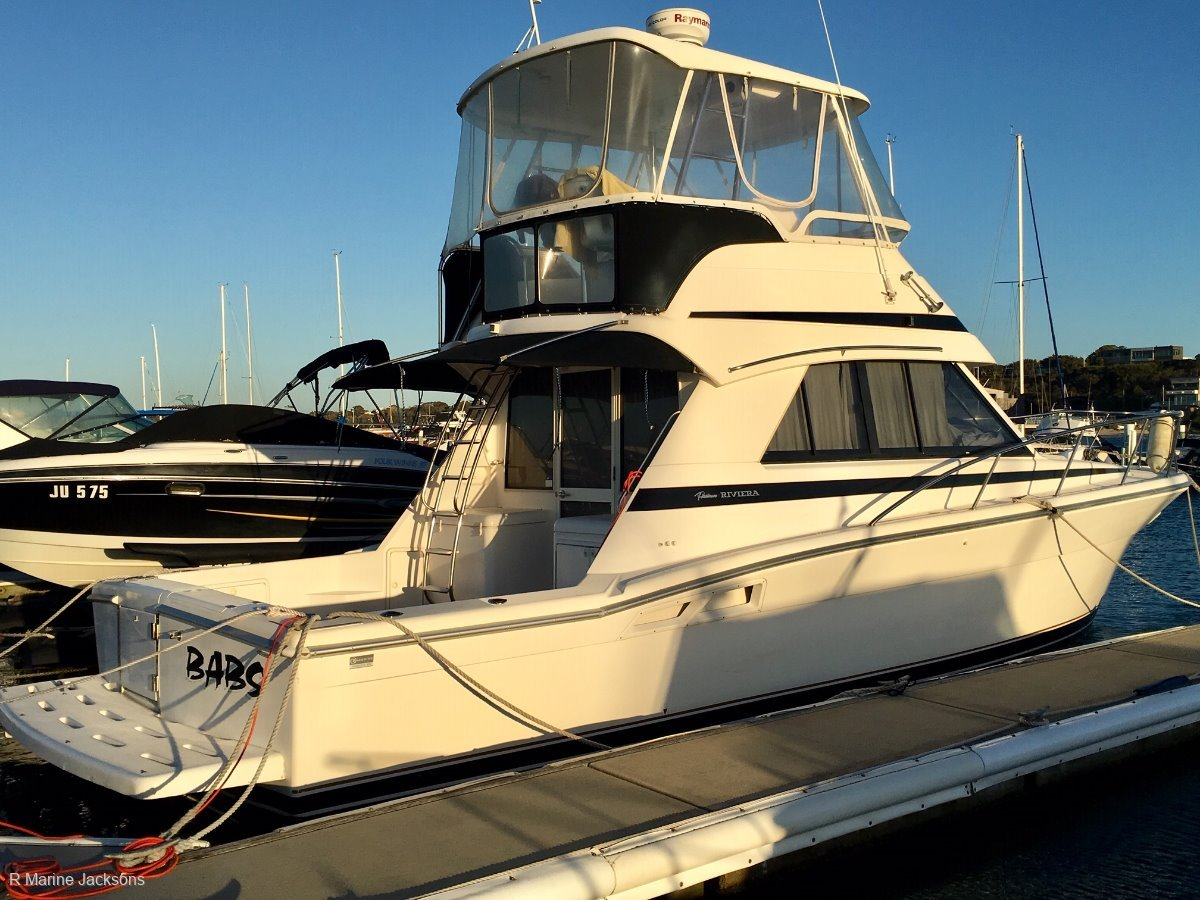 Riviera 36 Flybridge:Riivera 36 SC for sale- R Marine Jacksons