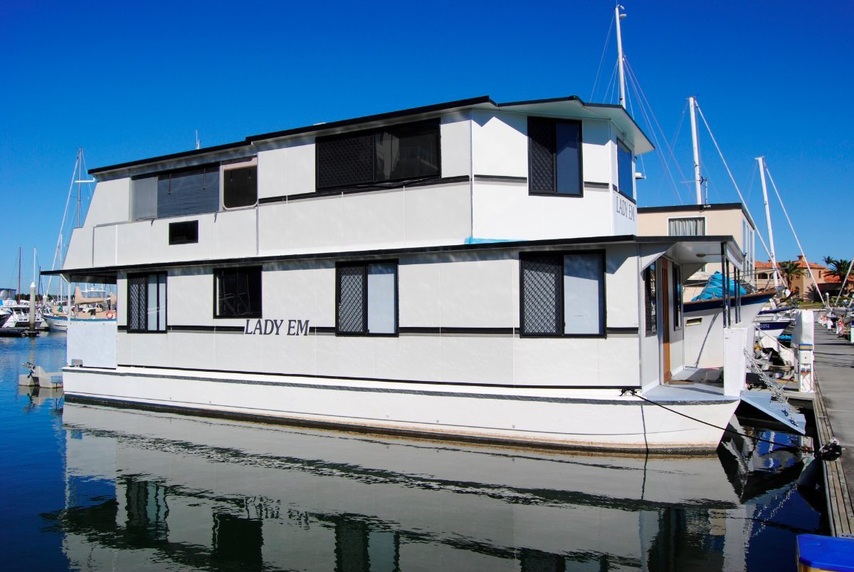 Eagle Catamaran 45 Houseboat