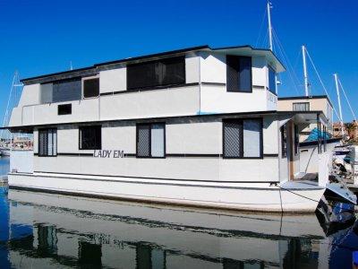 Eagle Catamaran 45 Houseboat