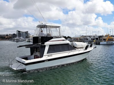 Riviera 34 Flybridge Cruiser **TWIN YANMAR REFIT 2011**$99,990**
