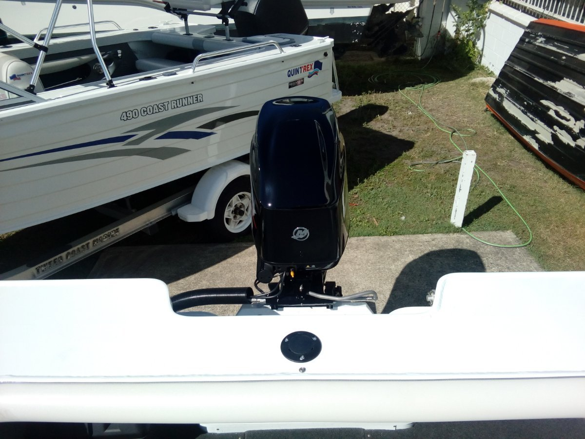 New Quintrex 481 Fishabout Pro