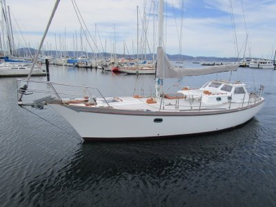 Lidgard 40 HUGE PRICE REDUCTION EXCEPTIONAL FITOUT