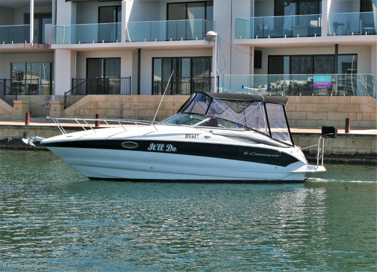 Crownline 250 CR *** OUTSTANDING VALUE HERE *** UNDER OFFER ***
