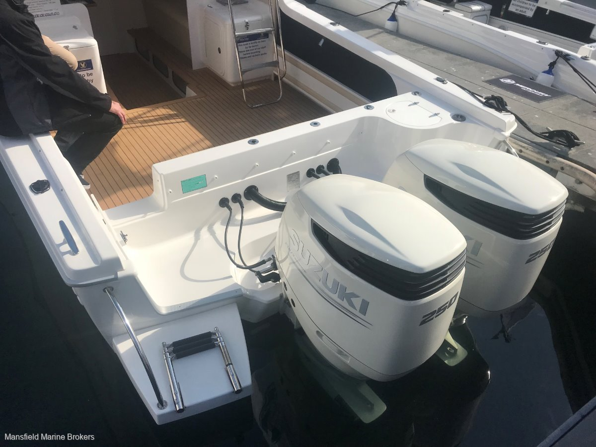 New Caribbean C2700 FB Outboard:Your choice of OBs to 500hp