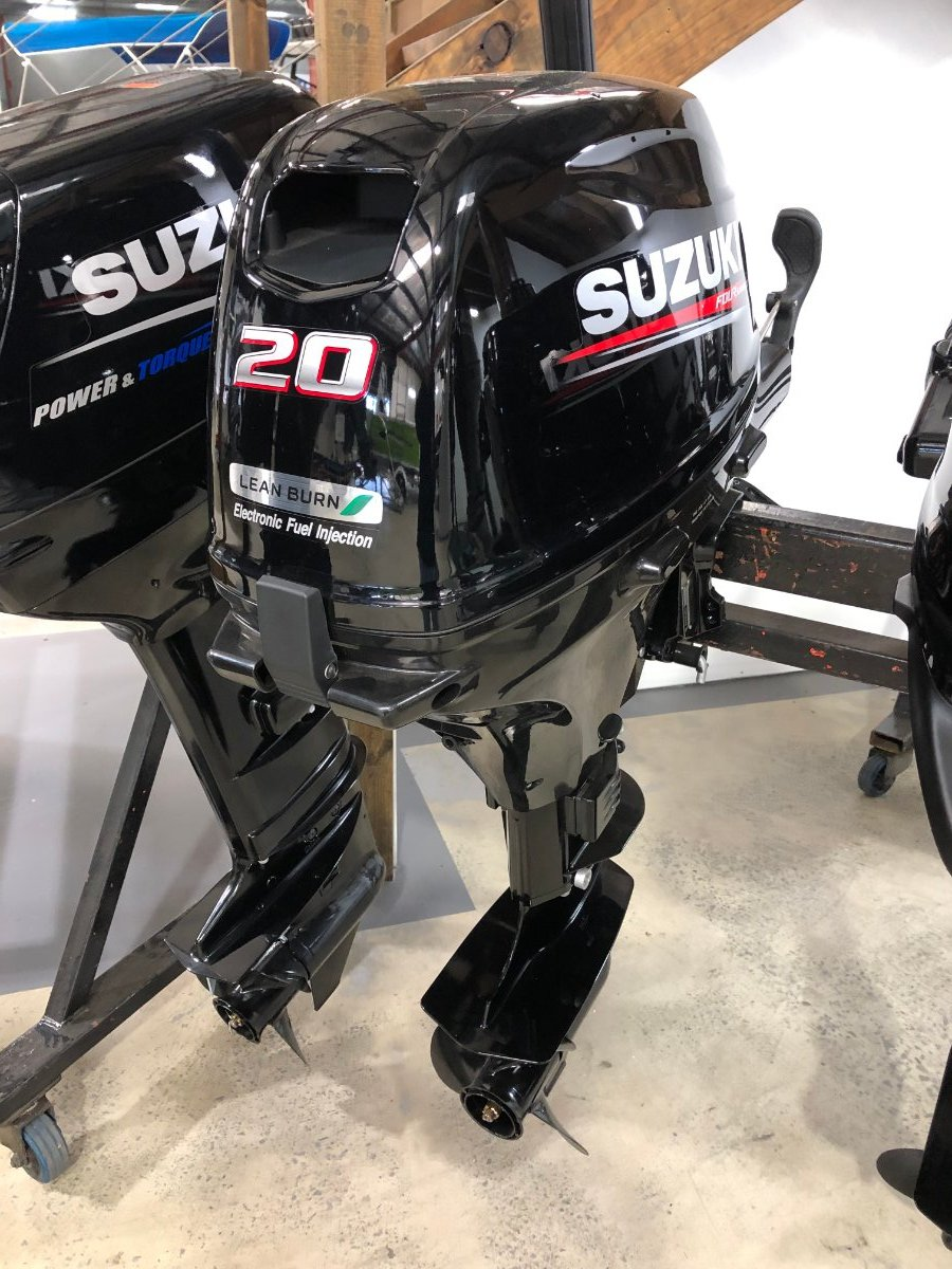 Suzuki 20hp 4 stroke Tiller Handle