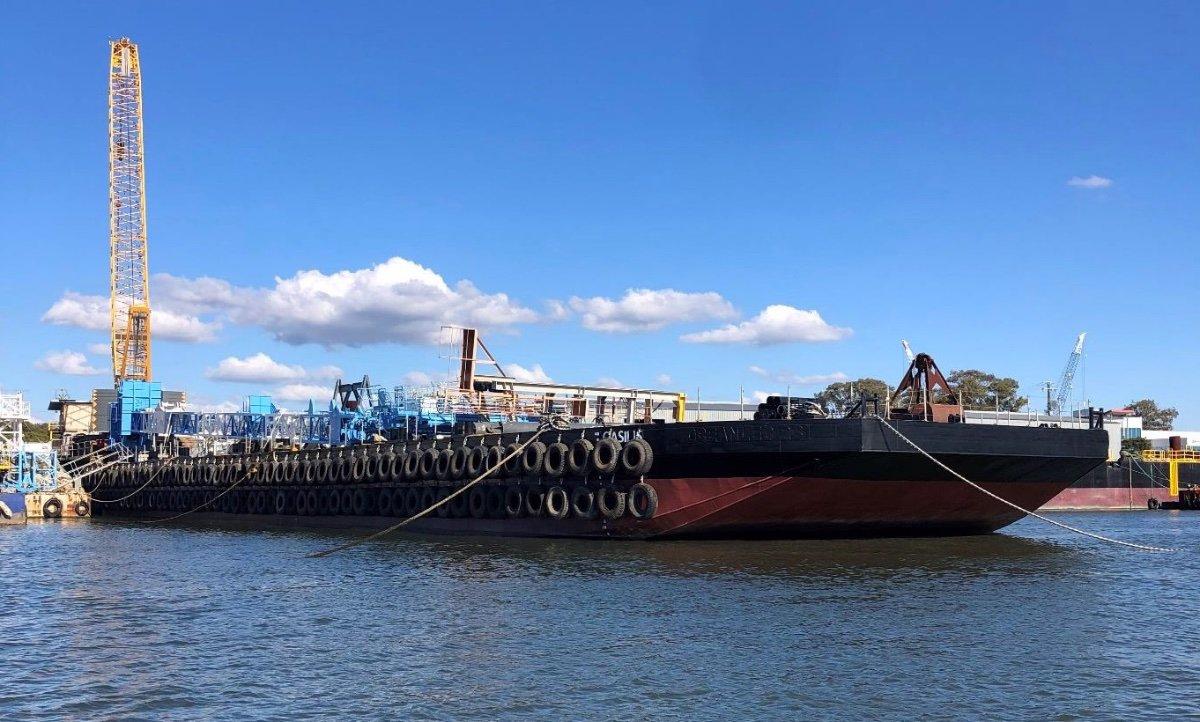 70.15m Piling Barge