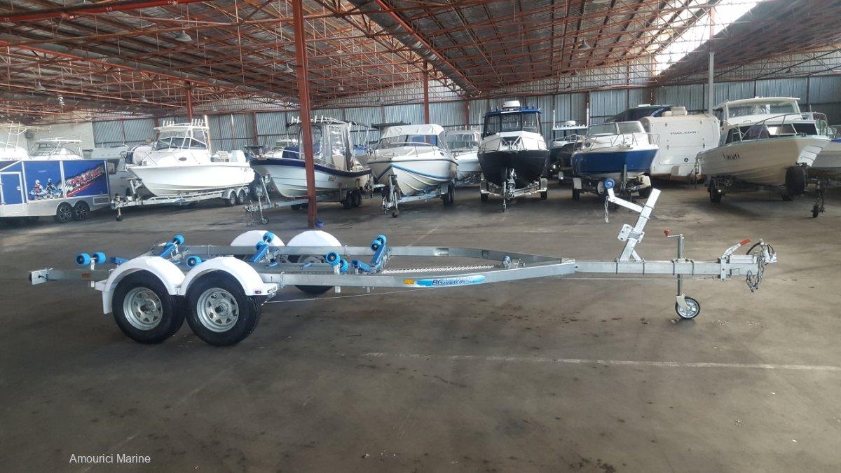 Boat Trailer Brand New 570 Keel Roller