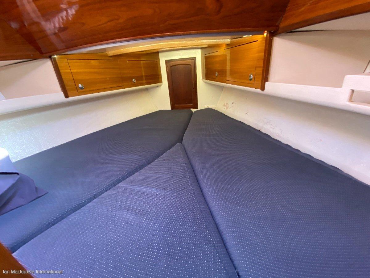 Challenger 36 Bluewater Cruising yacht
