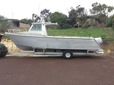 CHARTER BOAT 9m
