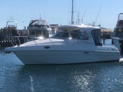 Northern Star Evolution 35 Cabin Cruiser- Click for more info...