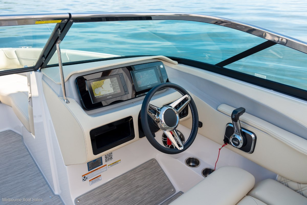 Regal LS6 Bowrider - LUXURY & ADVENTURE