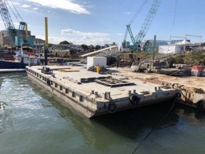 26m Flat Top Dumb Barge