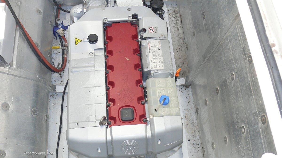 Winning Yachts 14.5 Power Catamaran