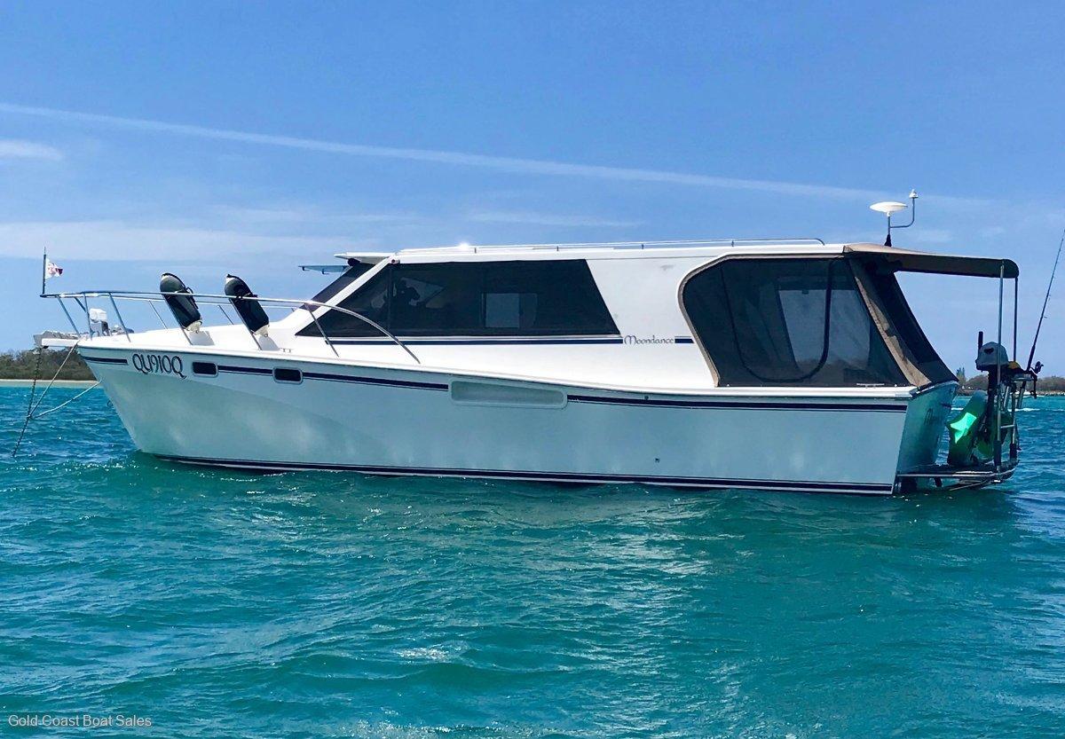 Marlin 38' sedan motoryacht