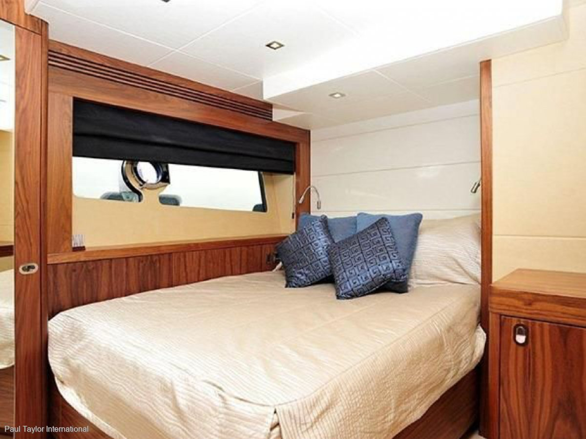 Sunseeker Yacht 75 4 CABINS -FIN STABILISATION-SPA TUB -LOW HOURS