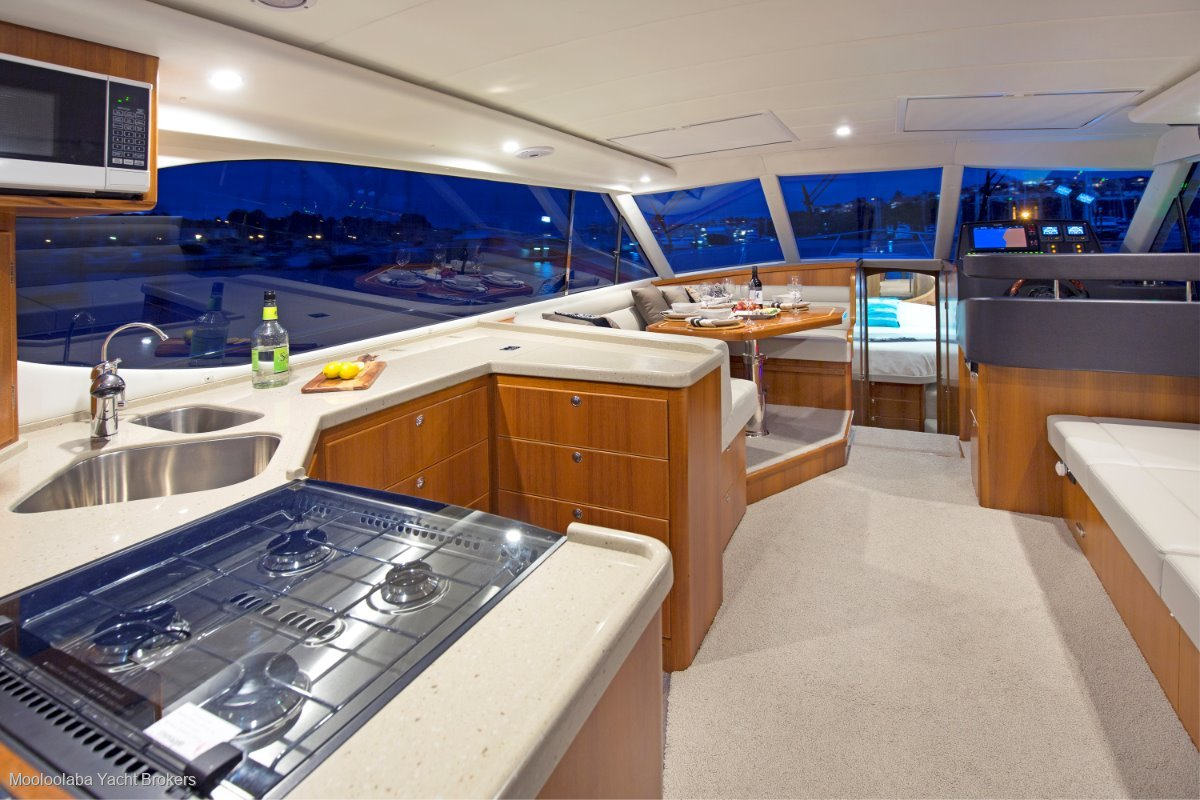 Salthouse Corsair 44