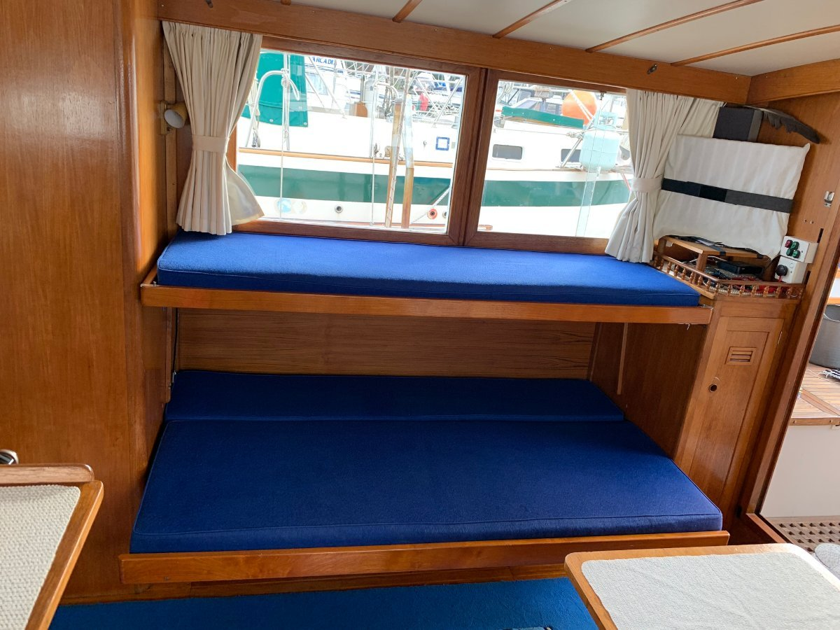 Cheoy Lee 36 Motor Yacht GREAT VERSATILE LAYOUT EXCELLENT CONDITION