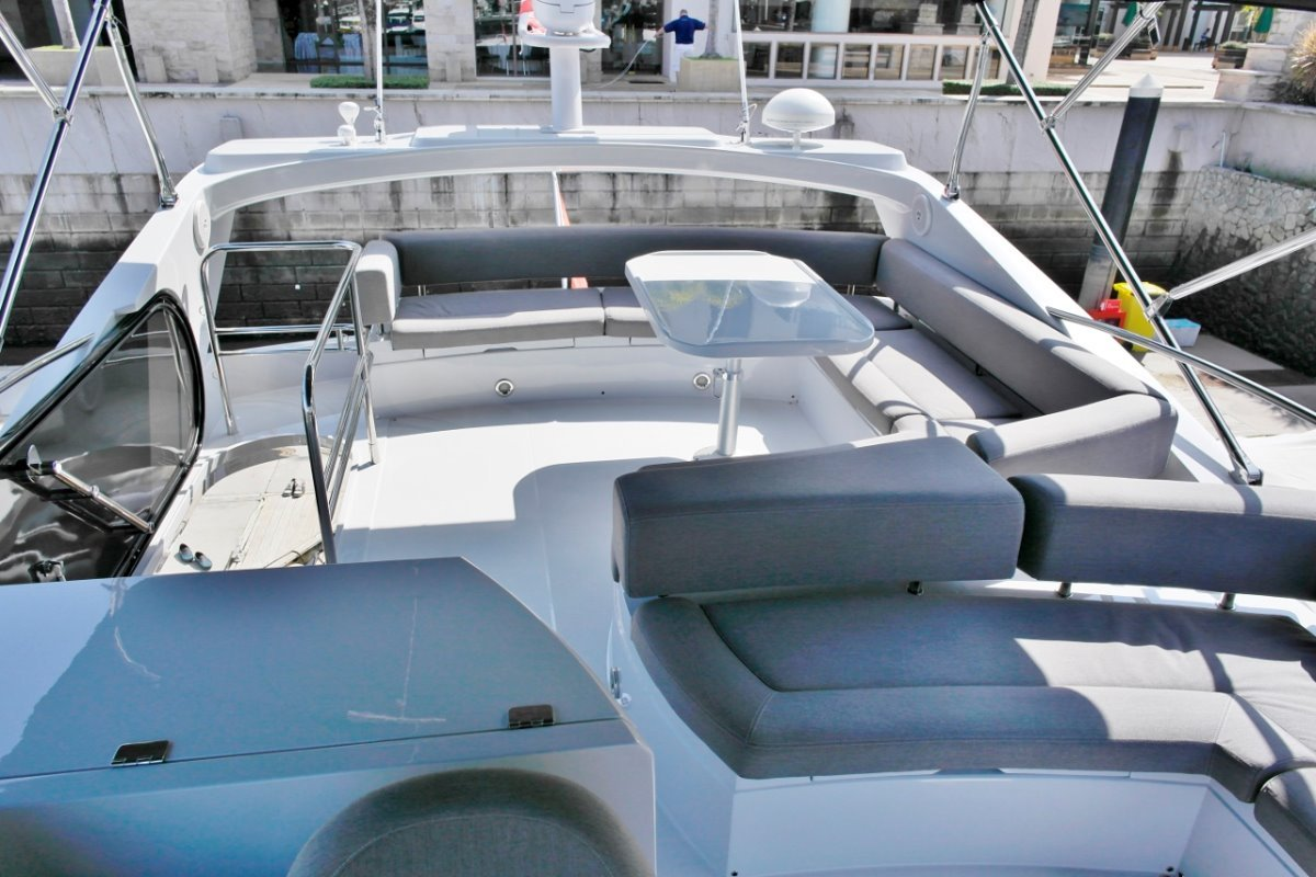 Sunseeker Manhattan 63 2012
