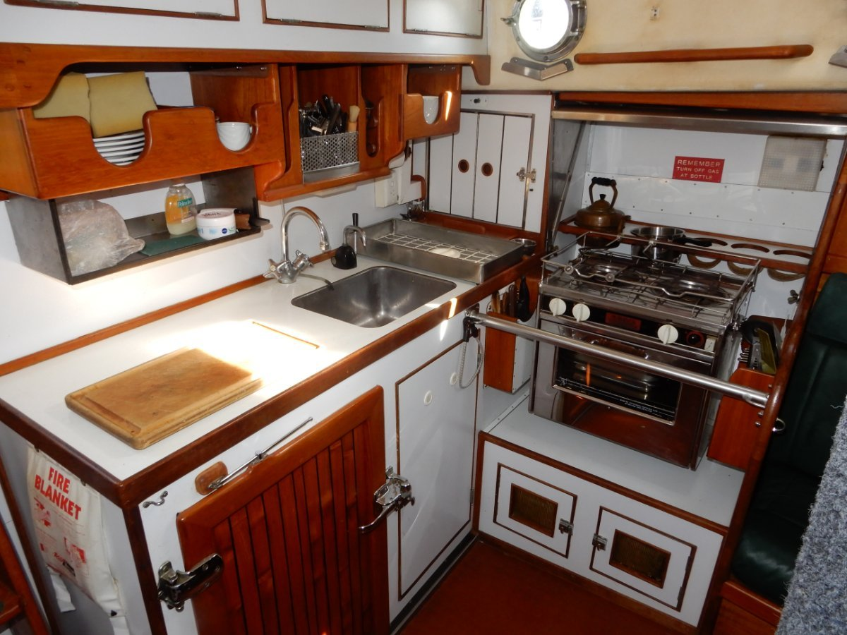 Salar 40 EXCELLENT CONDITION, MANY EXTRAS, LEVY BUILT