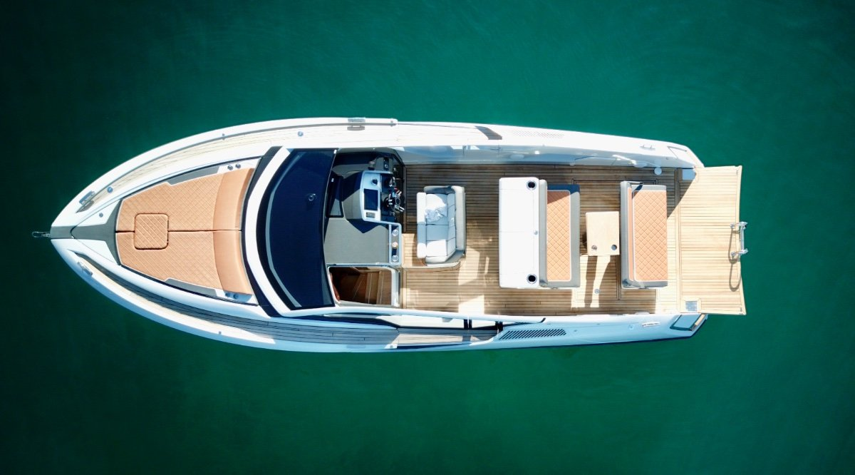 New Fairline F-Line 33