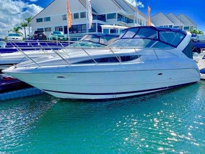 Bayliner 3055 Ciera Sports Cruiser- Click for more info...