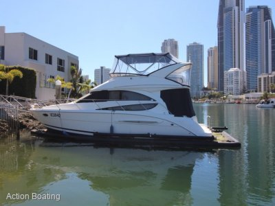 Meridian 341 Diesel Flybridge Cruiser
