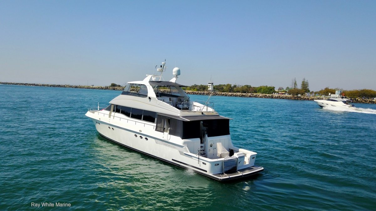 Lazzara Yachts 80 CPMY IS GOING TO AUCTION WITH RAY WHITE MARINE 30/01/21