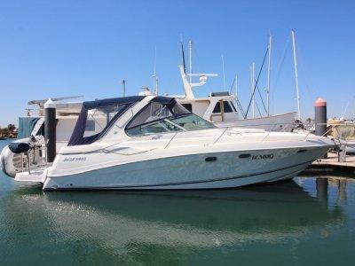 Four Winns Vista 378 Shaft Drive Sports Cruiser