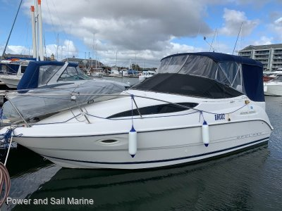 Bayliner 2655 SI $5000 Recently Spent Pen Paid for 11 months